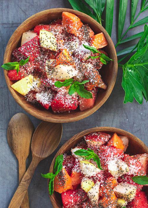 obstsalat-wassermelone-papaya-kokos-chia-samen