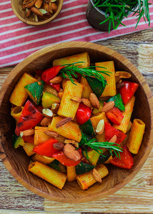 rigatoni-zucchini-paprika-mandel