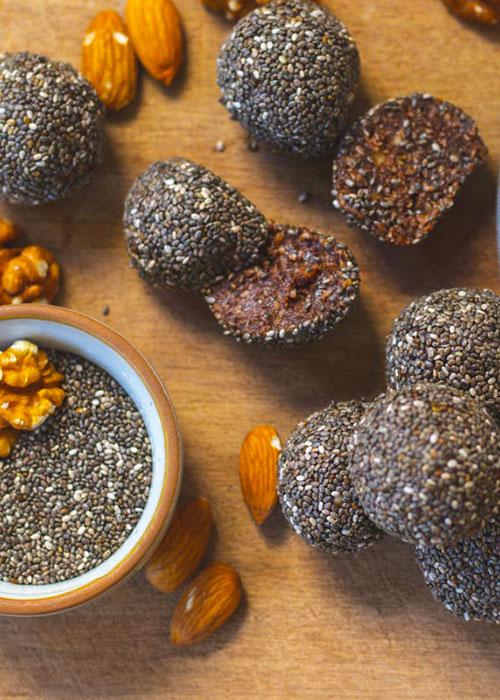 energy-balls-chia-kakao-mandel