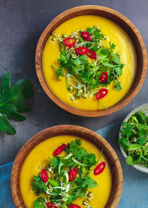 süßkartoffel-miso-suppe-sprossen-koriander