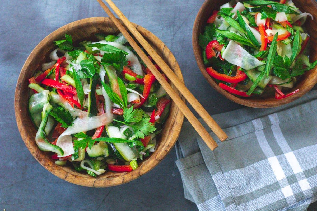 salat-pak-choi-zucchini-rettich-estragon (1 von 1)