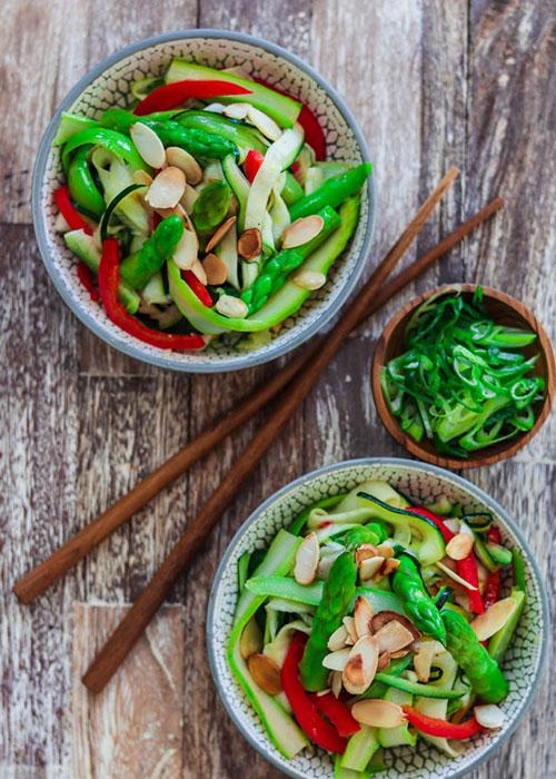 salat-zucchini-spargel-mandel-2